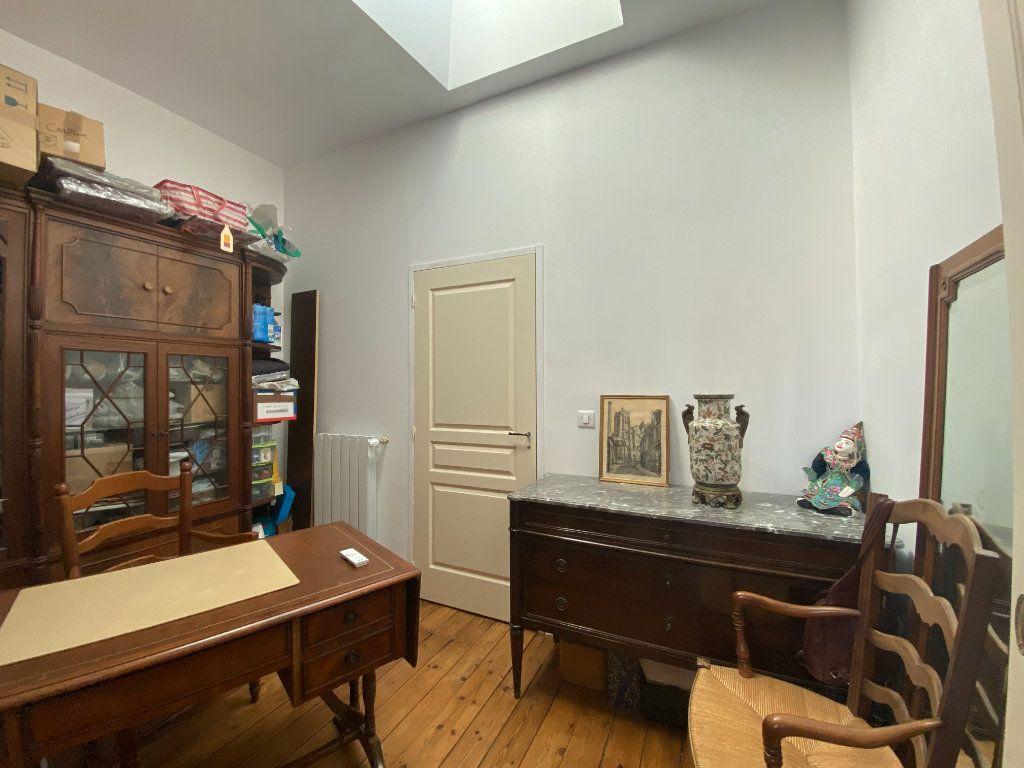 Maison à vendre 6 166m2 à Rochefort vignette-8
