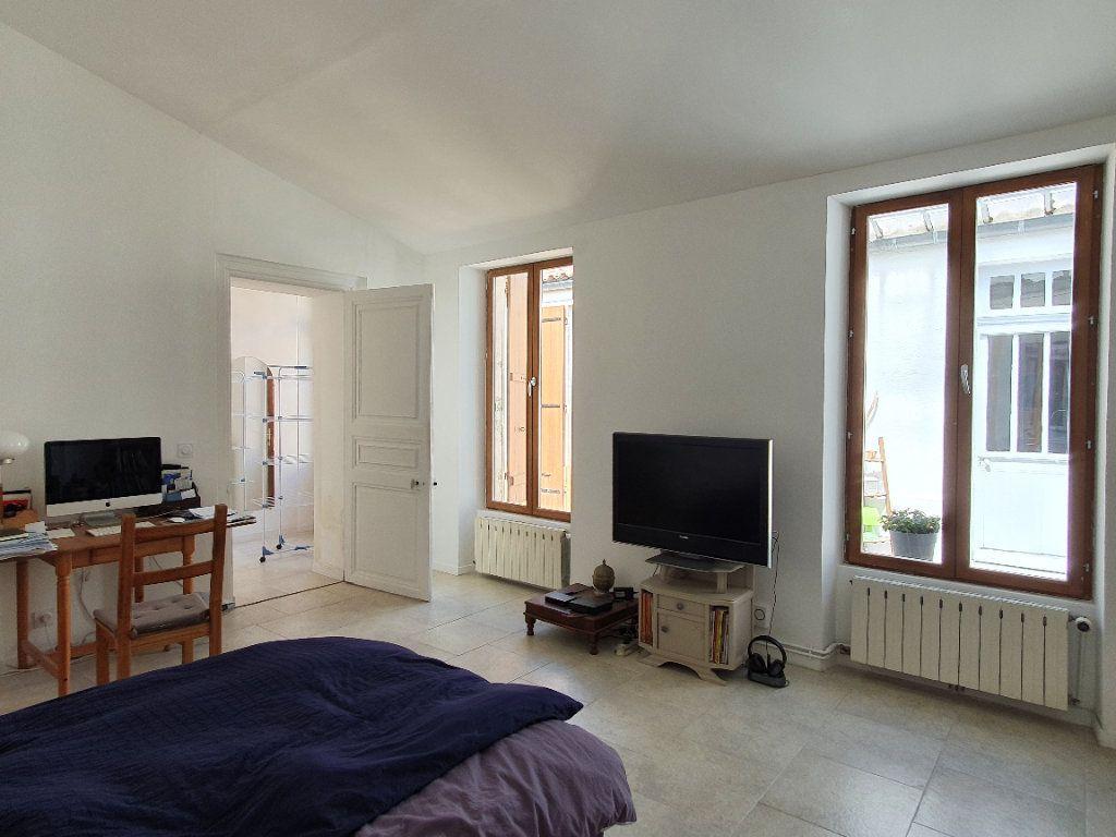 Maison à vendre 6 170m2 à Rochefort vignette-5