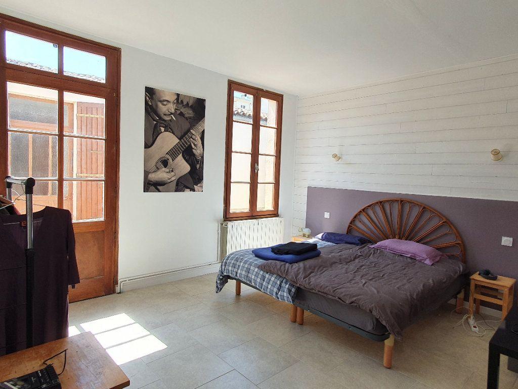 Maison à vendre 6 170m2 à Rochefort vignette-10