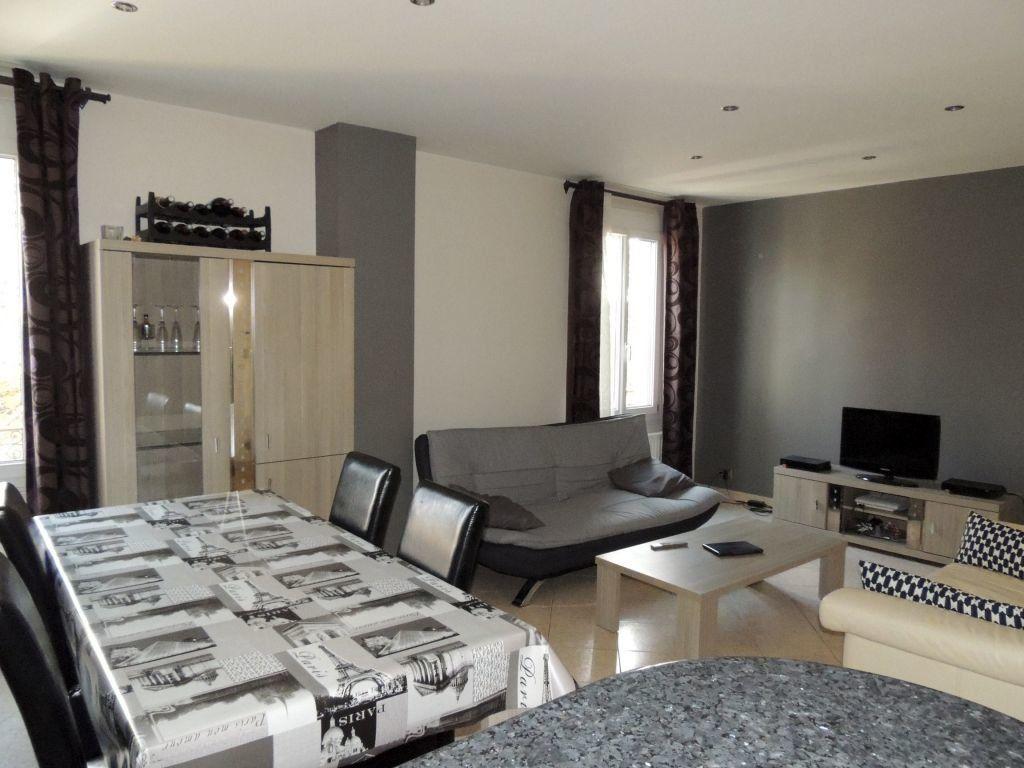 Appartement à louer 2 50.6m2 à Livry-Gargan vignette-3