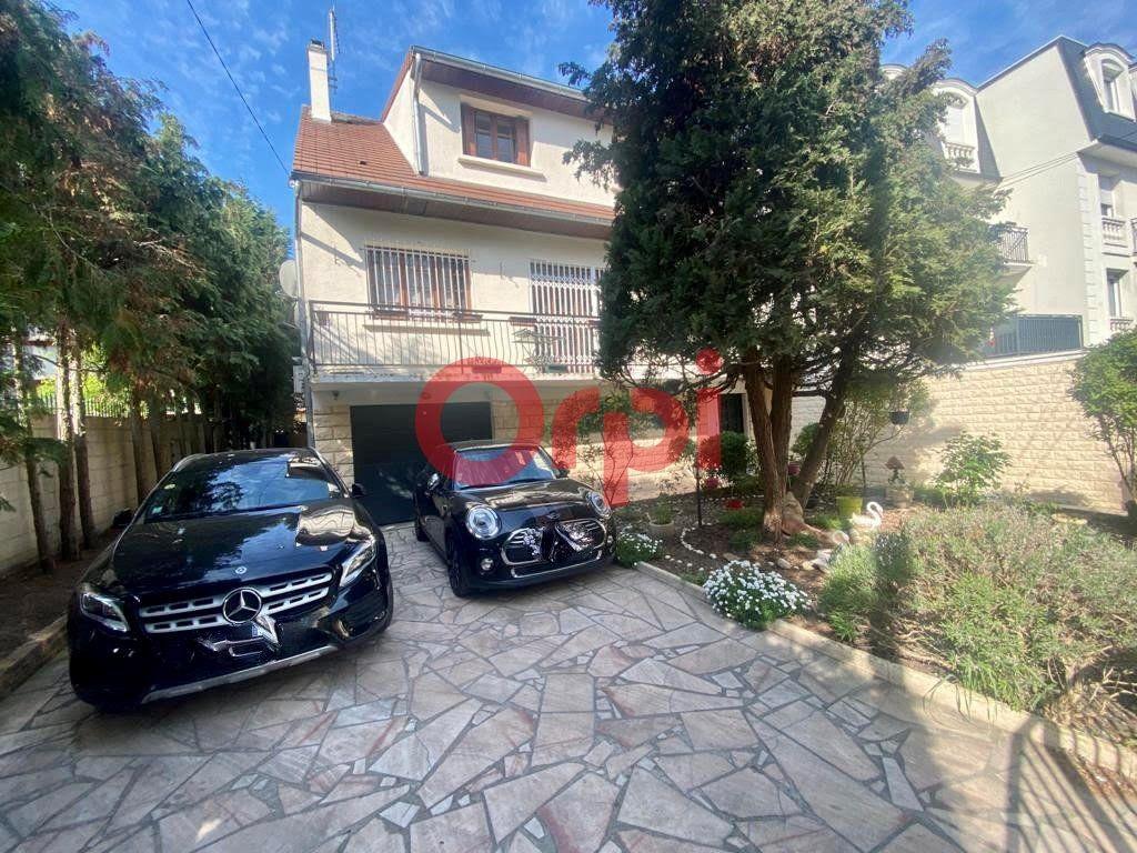 Maison à vendre 10 213m2 à Livry-Gargan vignette-1