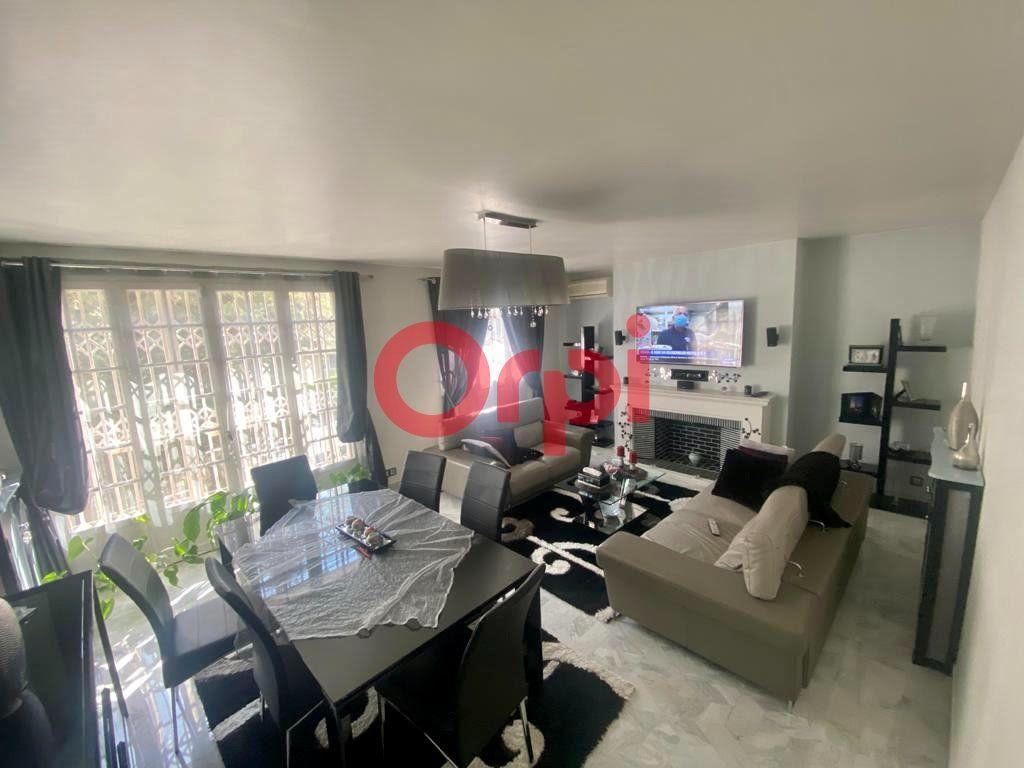 Maison à vendre 10 213m2 à Livry-Gargan vignette-4