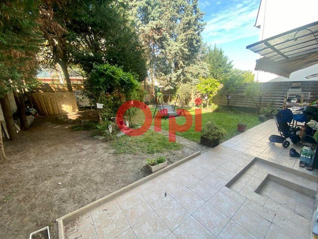 Maison à vendre 10 213m2 à Livry-Gargan vignette-12
