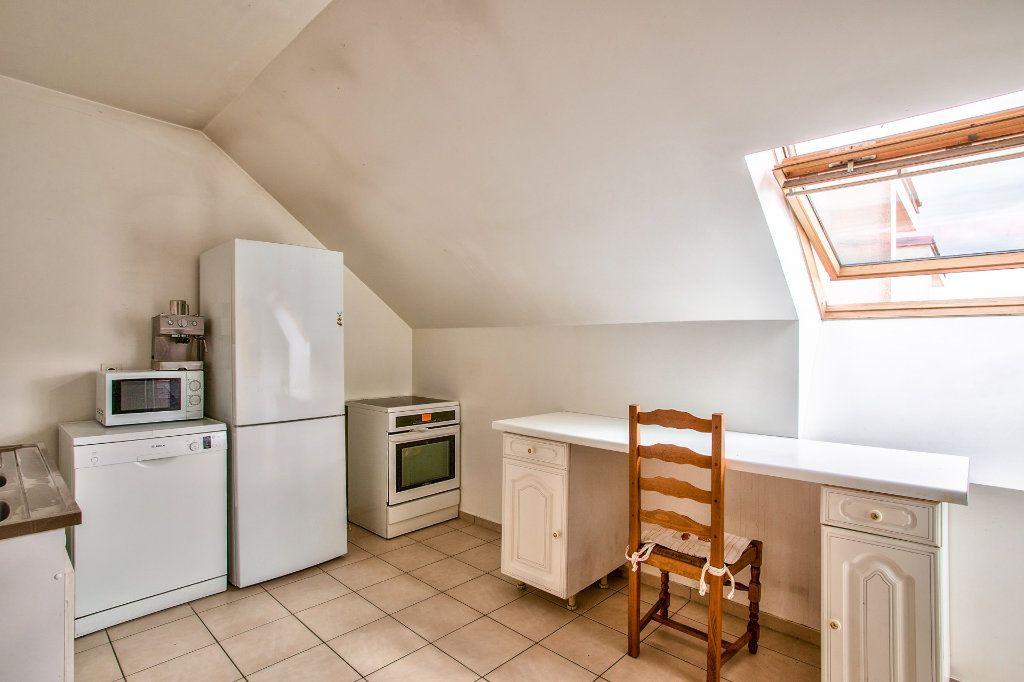 Appartement à vendre 4 95m2 à Montfermeil vignette-4