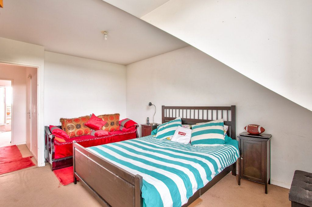 Appartement à vendre 4 95m2 à Montfermeil vignette-8