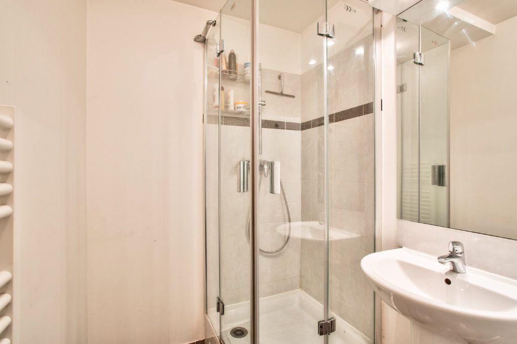Appartement à vendre 4 95m2 à Montfermeil vignette-10