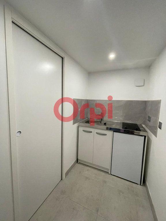 Appartement à louer 1 28.39m2 à Livry-Gargan vignette-6