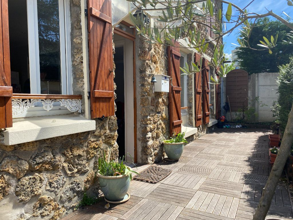Maison à vendre 5 85m2 à Saint-Germain-en-Laye vignette-4