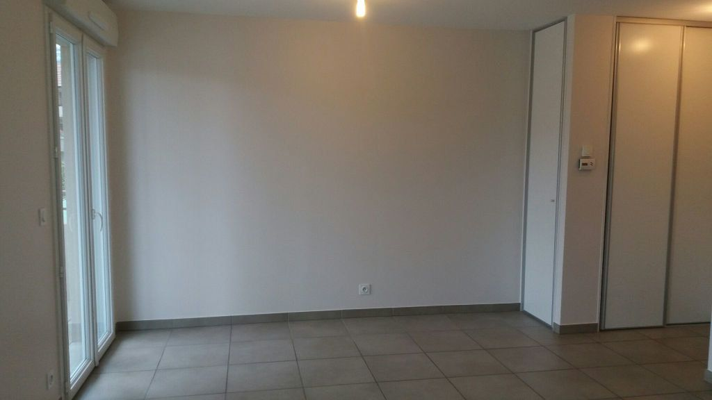 Appartement à louer 2 38m2 à Neydens vignette-5