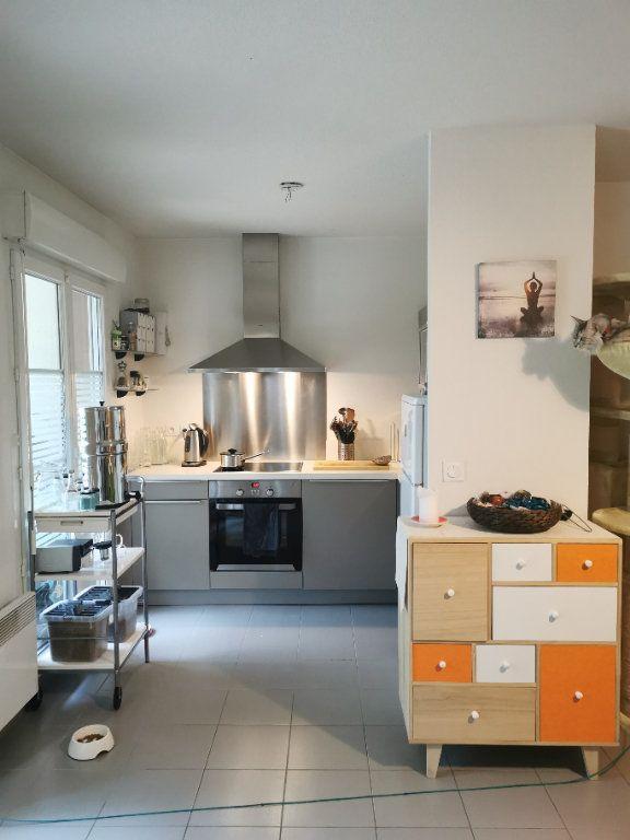 Appartement à louer 2 51.43m2 à Valleiry vignette-2