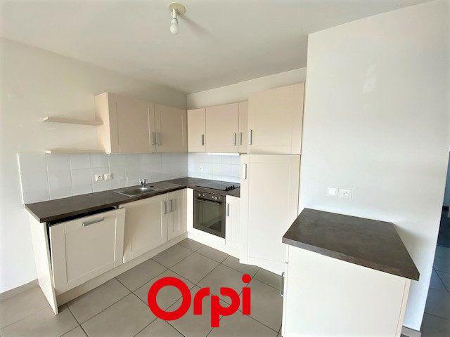 Appartement à vendre 3 61m2 à Allonzier-la-Caille vignette-3