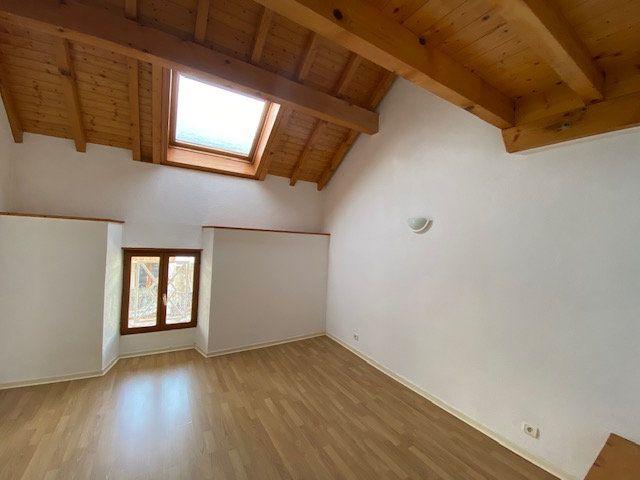 Appartement à vendre 4 77m2 à Cruseilles vignette-2