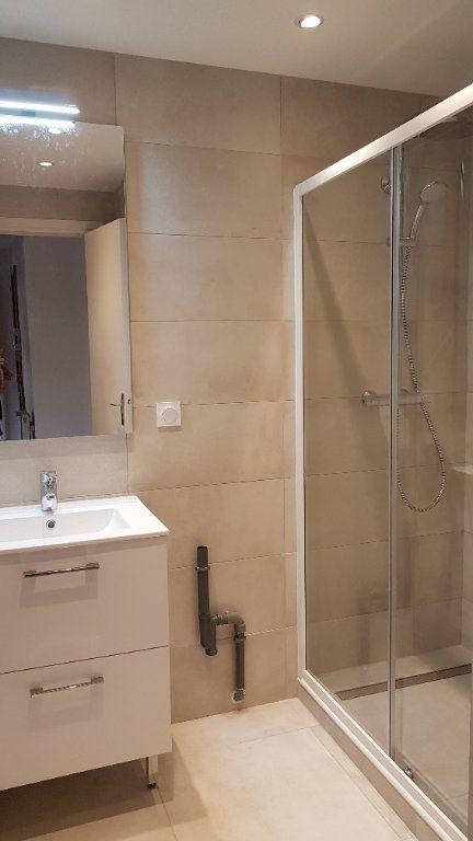 Appartement à louer 2 50.88m2 à Saint-Julien-en-Genevois vignette-2