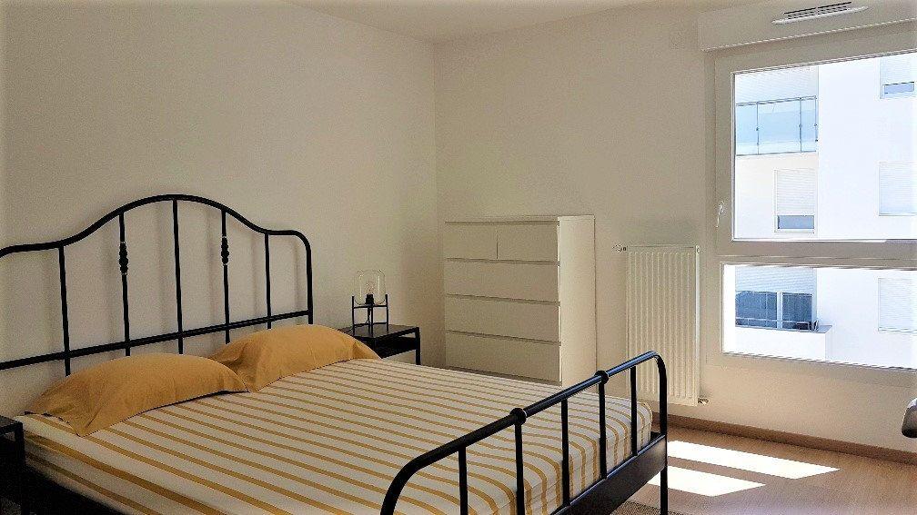 Appartement à louer 3 62.05m2 à Saint-Julien-en-Genevois vignette-2