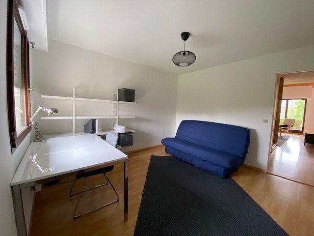 Appartement à vendre 3 75m2 à Feigères vignette-3