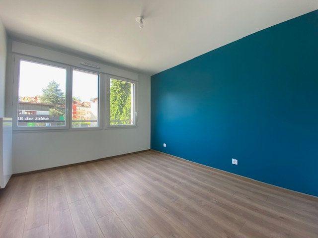 Appartement à louer 3 60.06m2 à Cruseilles vignette-4