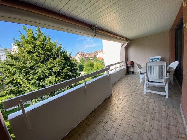Appartement à louer 3 80.78m2 à Saint-Julien-en-Genevois vignette-3