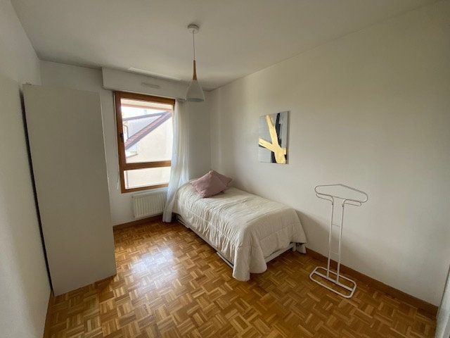 Appartement à louer 3 80.78m2 à Saint-Julien-en-Genevois vignette-7