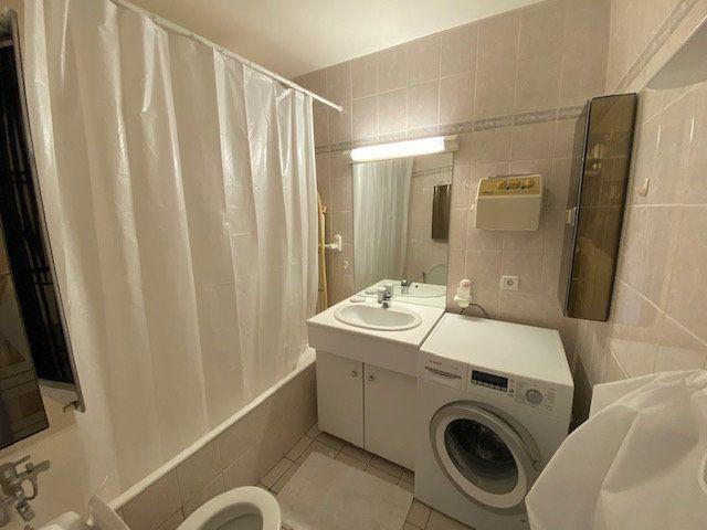 Appartement à louer 3 80.78m2 à Saint-Julien-en-Genevois vignette-8