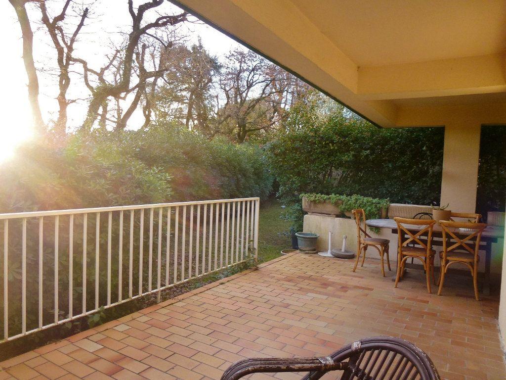 Appartement à vendre 3 80m2 à Villeneuve-lès-Avignon vignette-1