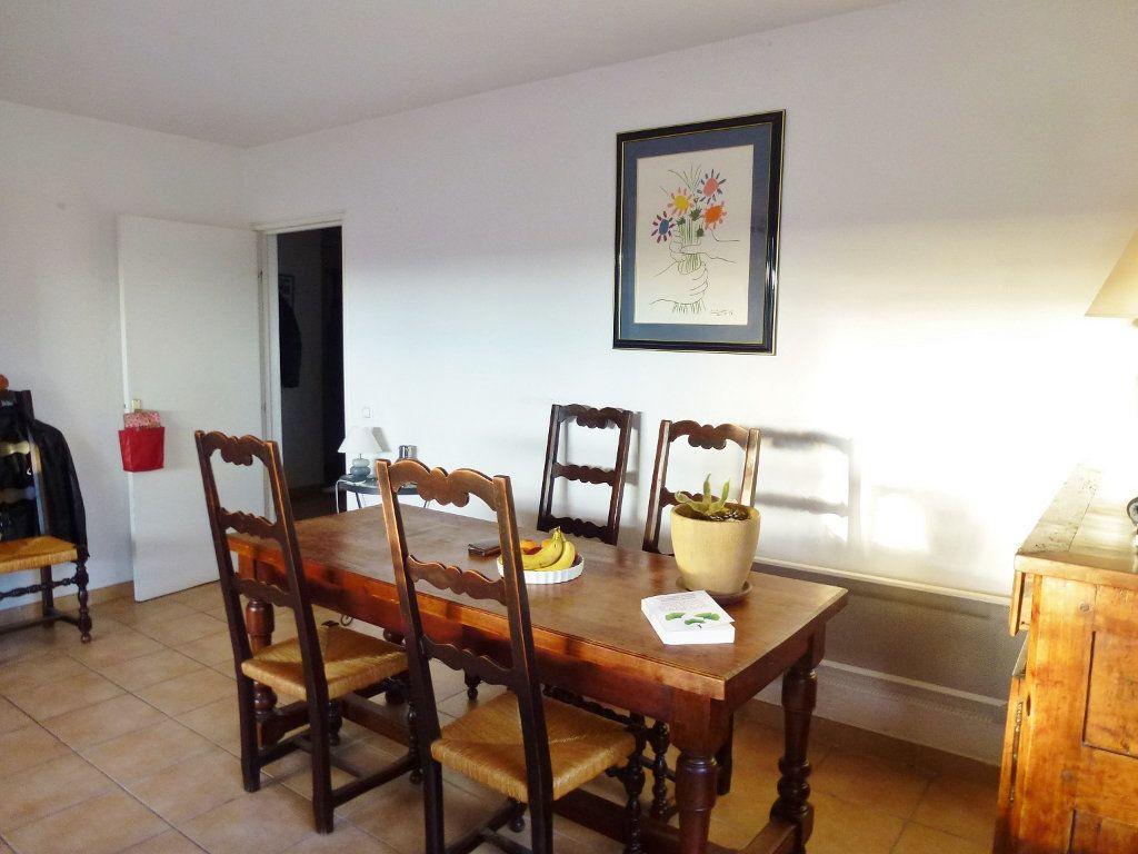 Appartement à vendre 3 80m2 à Villeneuve-lès-Avignon vignette-4