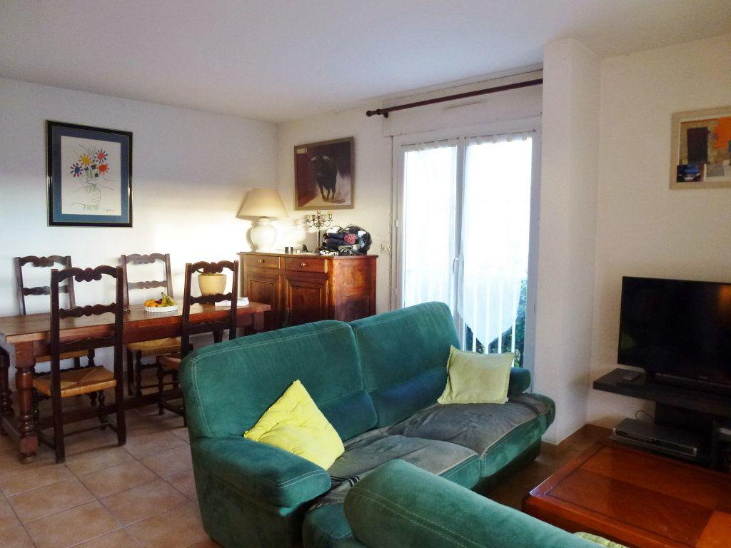 Appartement à vendre 3 80m2 à Villeneuve-lès-Avignon vignette-5
