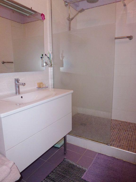 Appartement à vendre 3 80m2 à Villeneuve-lès-Avignon vignette-9