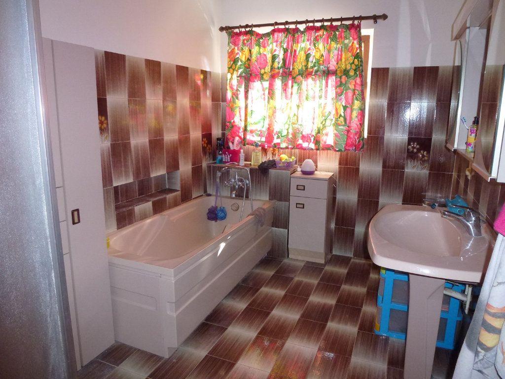 Maison à vendre 8 203.93m2 à Pujaut vignette-6