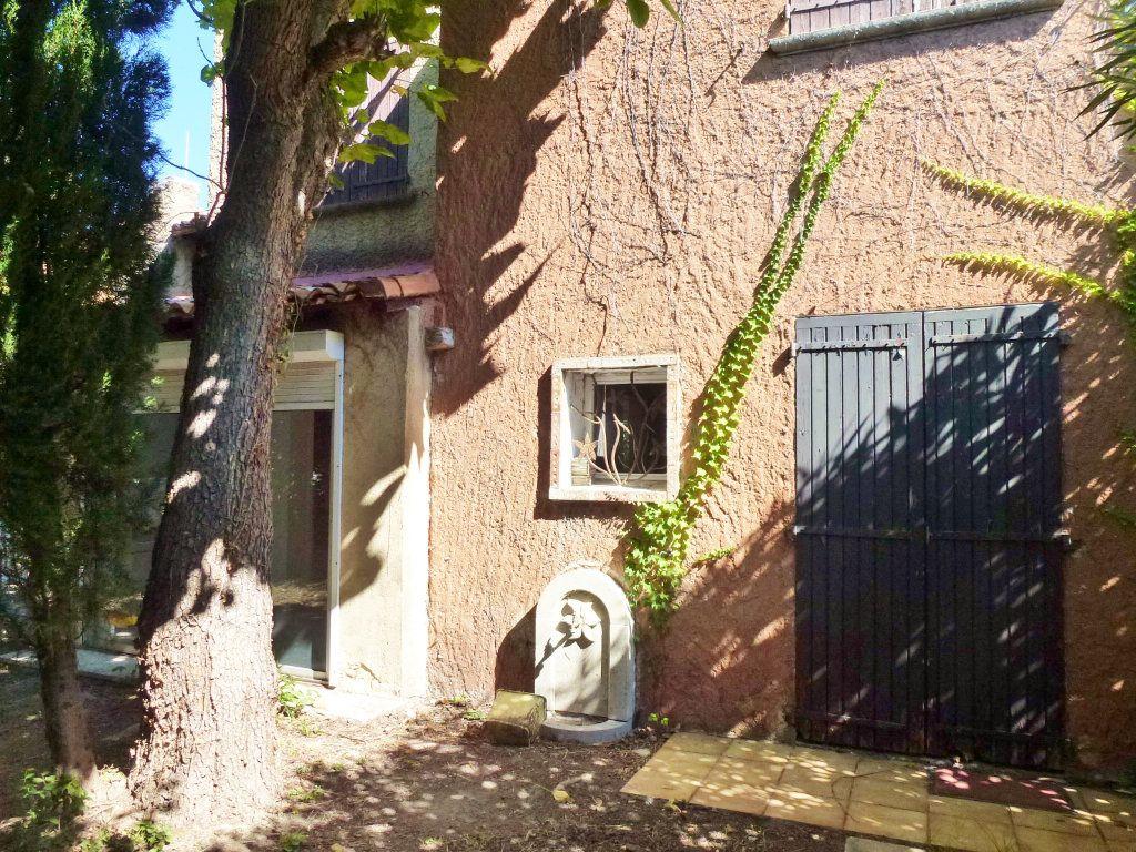 Maison à vendre 7 153.54m2 à Avignon vignette-5