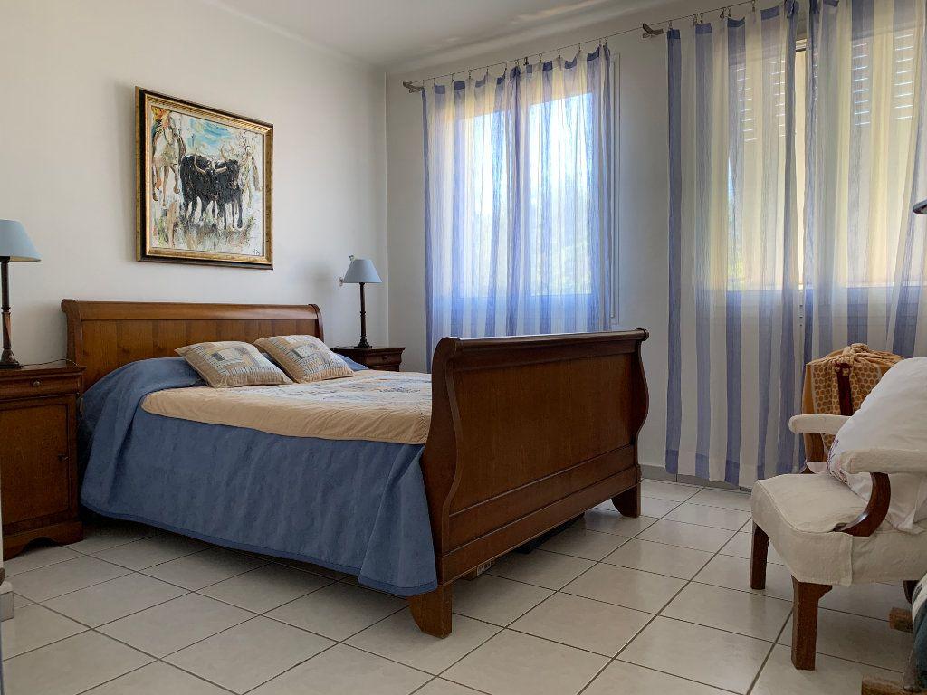 Maison à vendre 7 156m2 à Villeneuve-lès-Avignon vignette-7