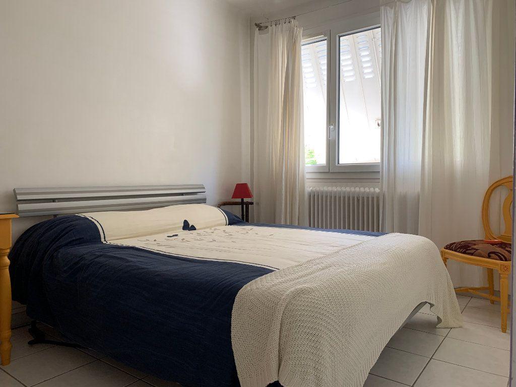 Maison à vendre 7 156m2 à Villeneuve-lès-Avignon vignette-8