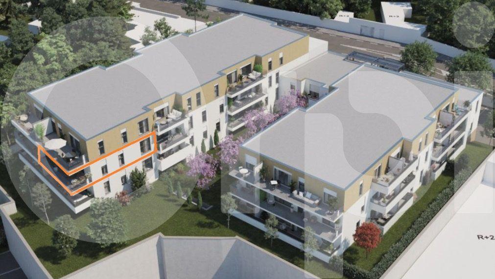 Appartement à vendre 4 89.3m2 à Villeneuve-lès-Avignon vignette-1