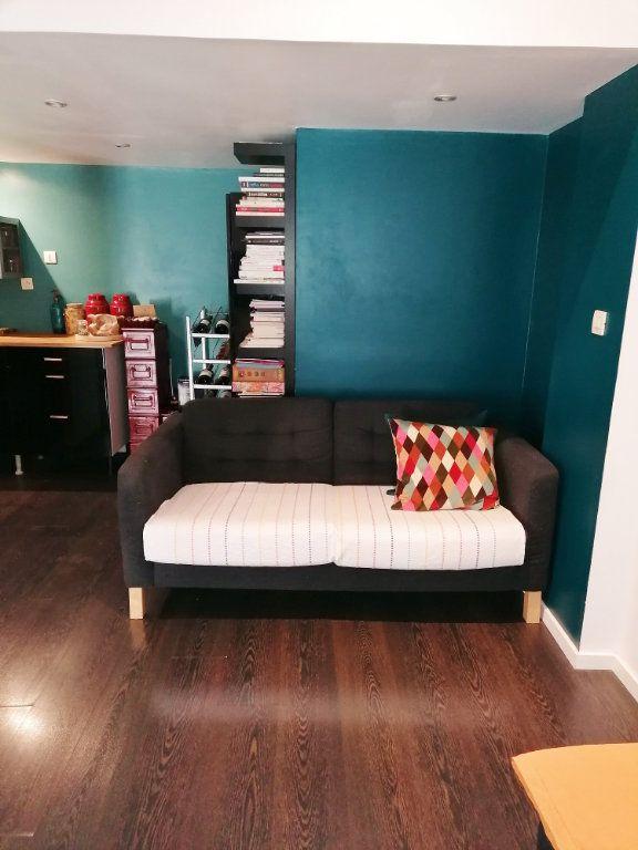 Appartement à vendre 3 60m2 à Avignon vignette-2
