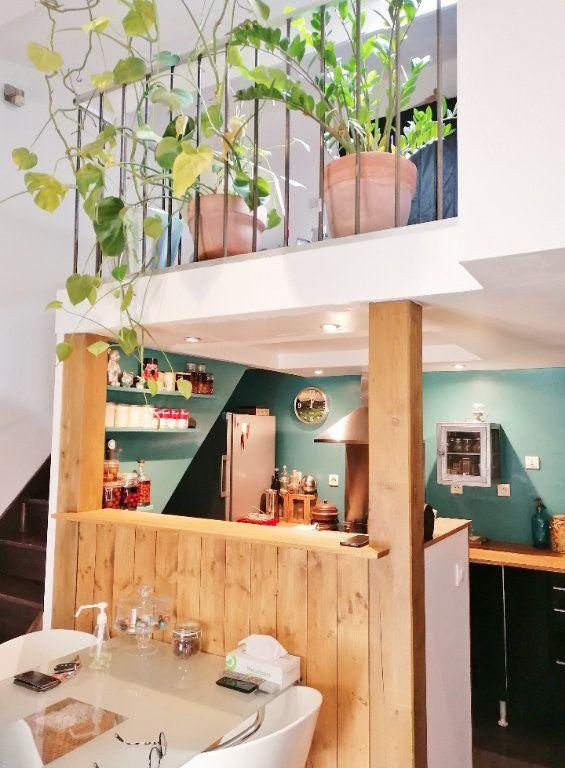 Appartement à vendre 3 60m2 à Avignon vignette-3