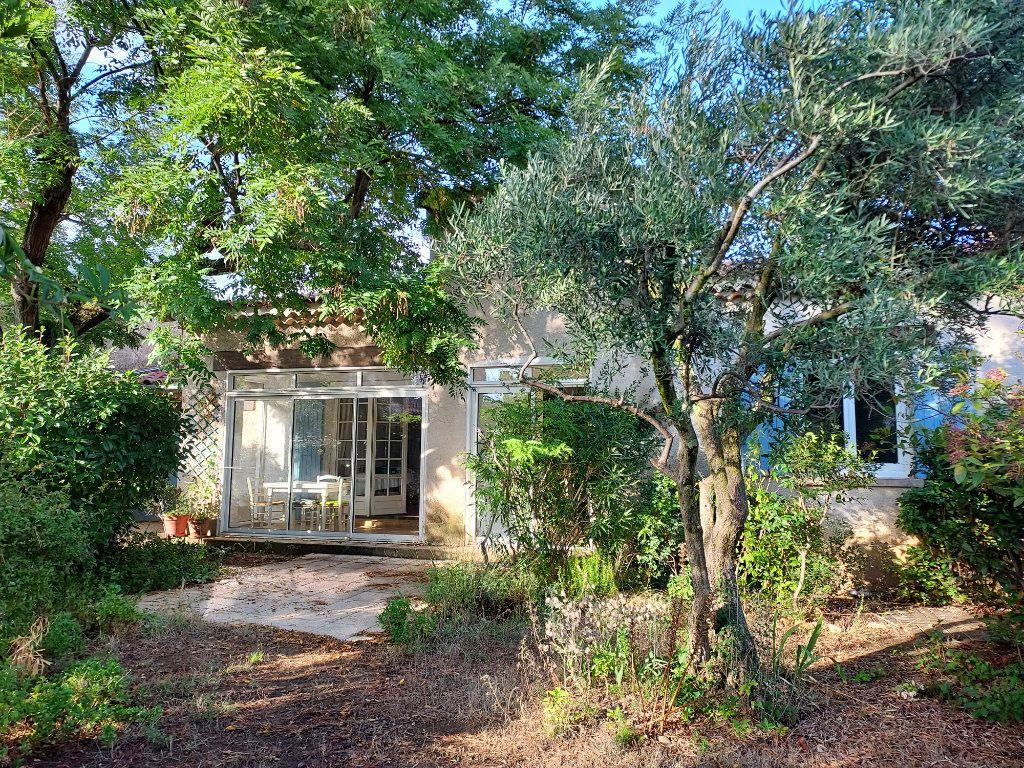 Maison à vendre 4 84.4m2 à Villeneuve-lès-Avignon vignette-1