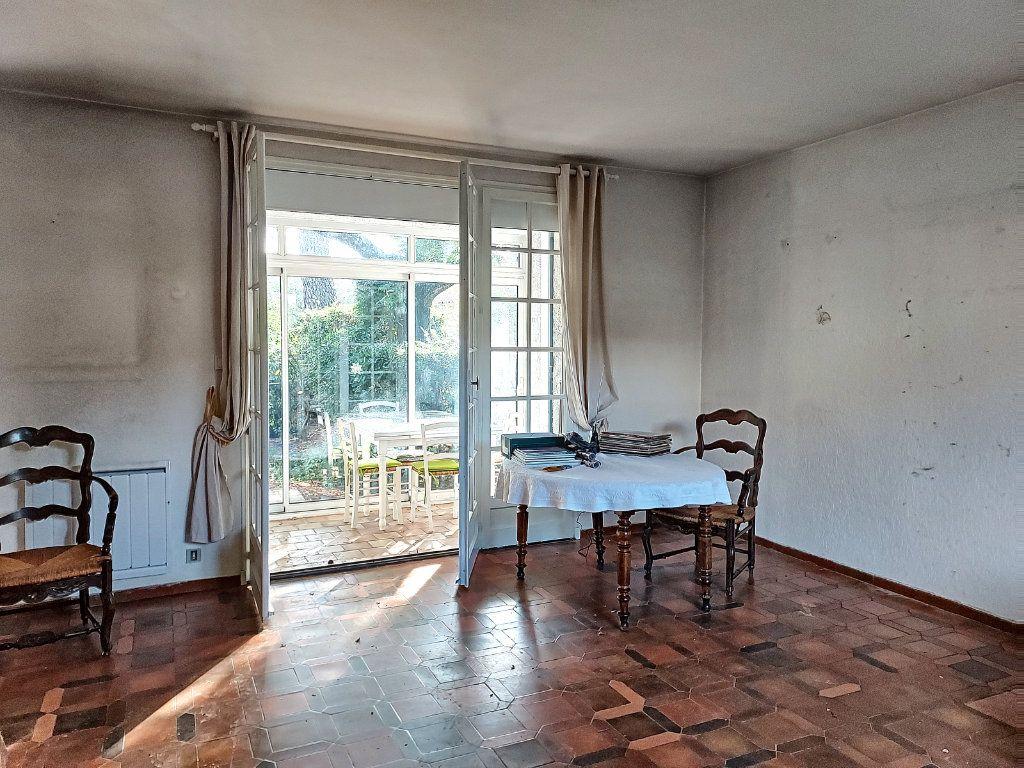 Maison à vendre 4 84.4m2 à Villeneuve-lès-Avignon vignette-3