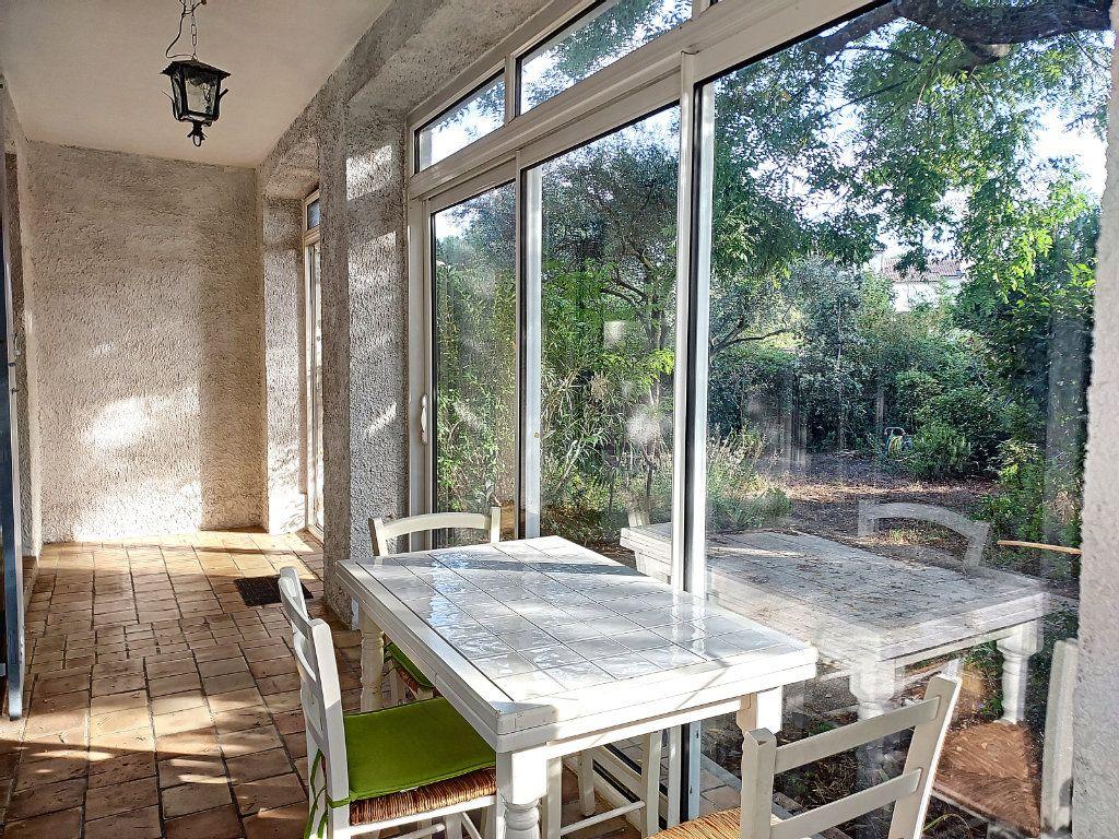 Maison à vendre 4 84.4m2 à Villeneuve-lès-Avignon vignette-4