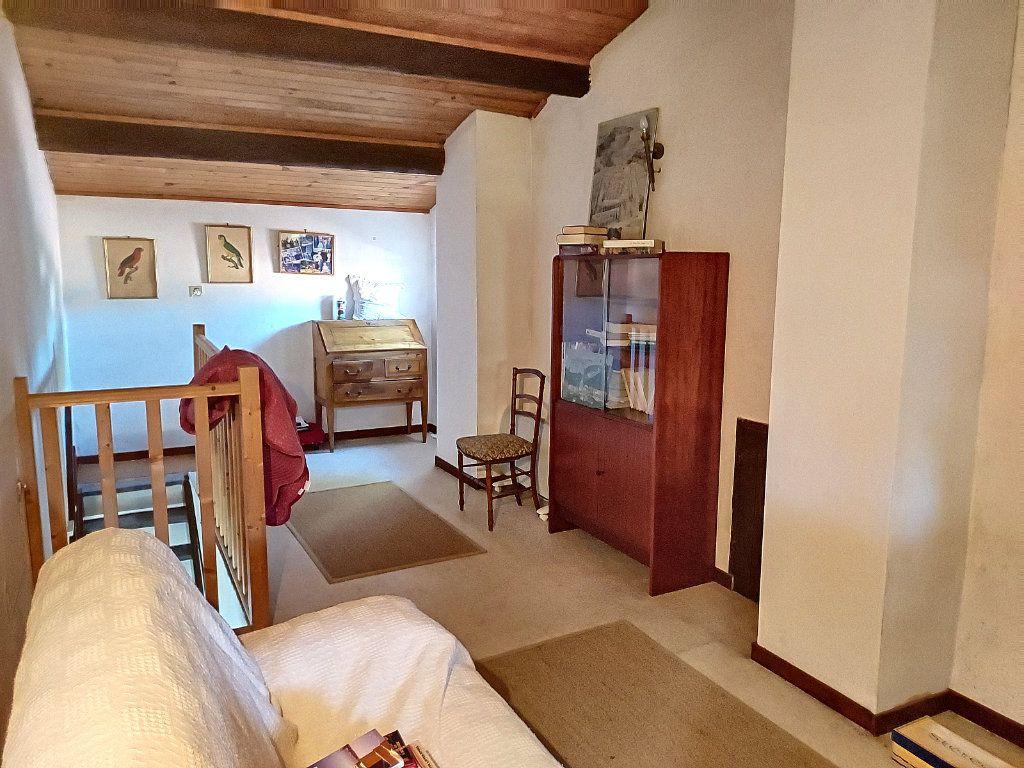 Maison à vendre 4 84.4m2 à Villeneuve-lès-Avignon vignette-7