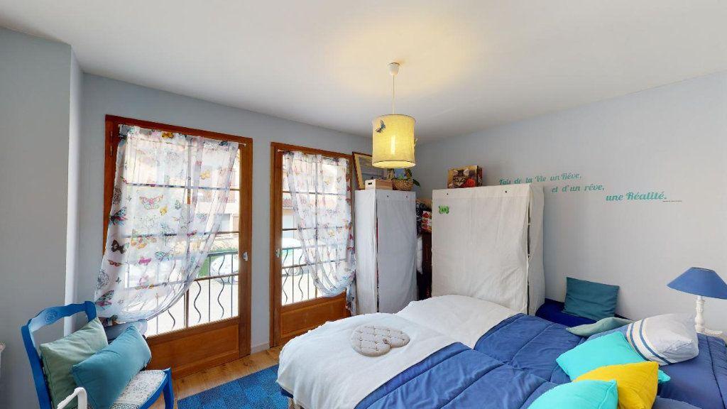 Maison à vendre 5 117.6m2 à Les Avenières vignette-8