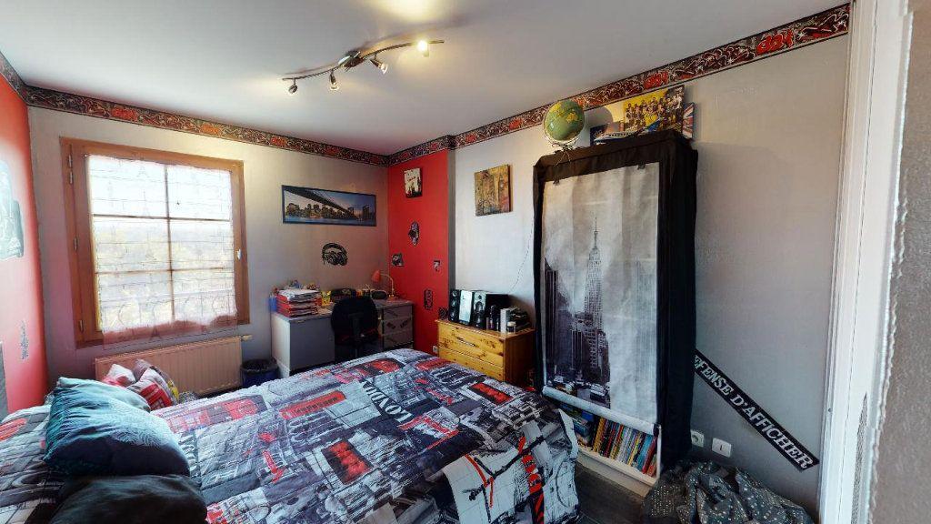 Maison à vendre 5 117.6m2 à Les Avenières vignette-9