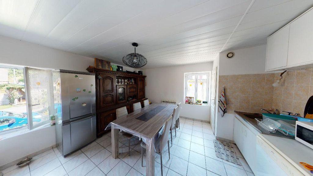 Appartement à vendre 4 68m2 à Vasselin vignette-2