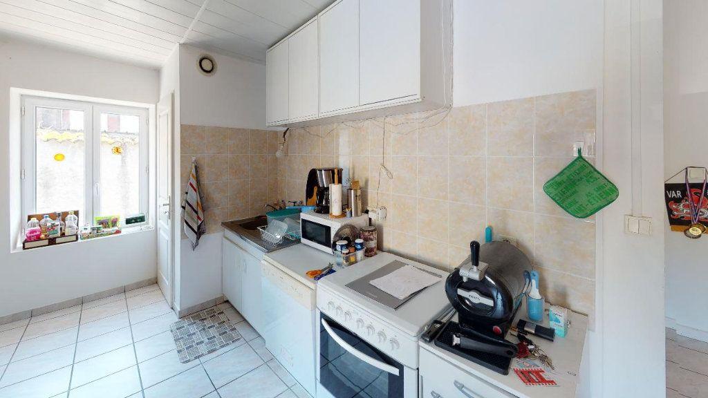Appartement à vendre 4 68m2 à Vasselin vignette-4