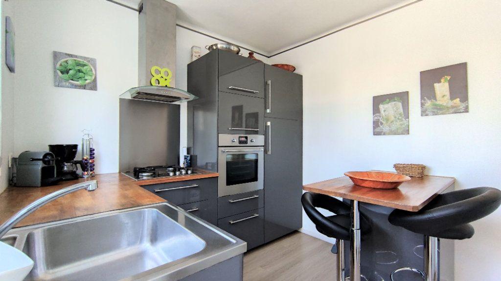 Maison à vendre 4 90m2 à Nantes vignette-4