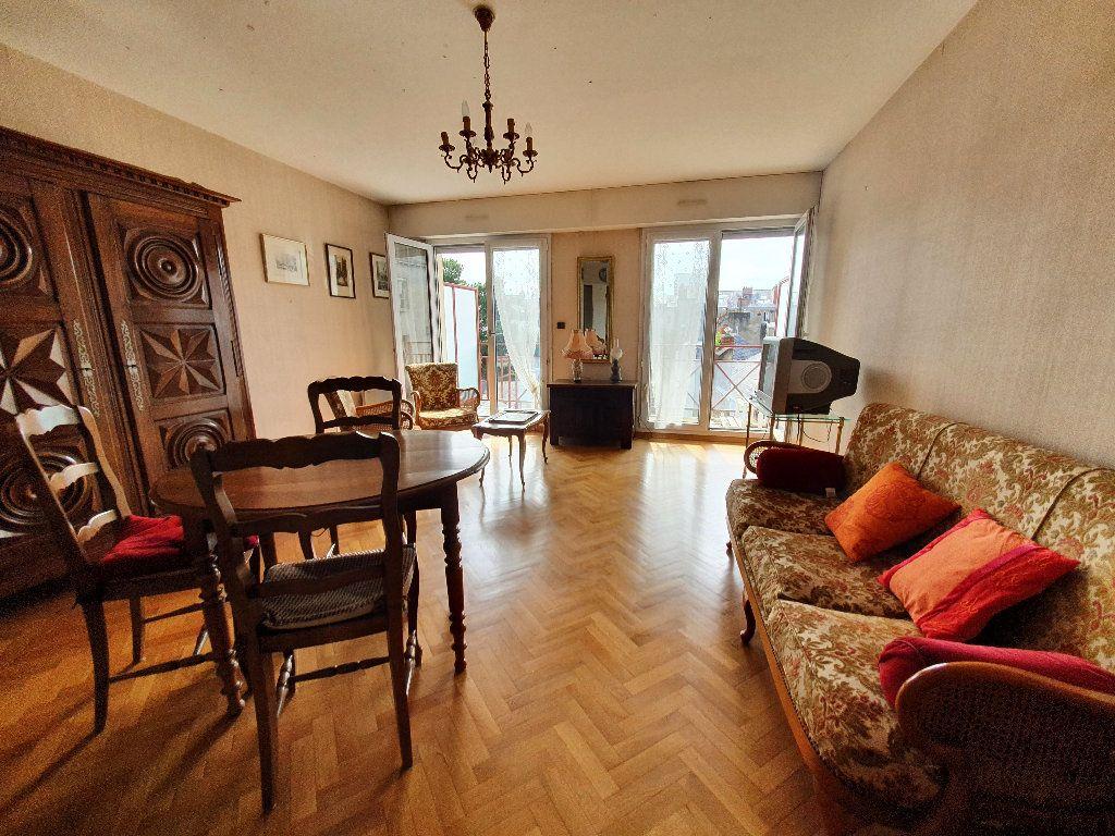 Appartement à vendre 3 71.15m2 à Nantes vignette-2