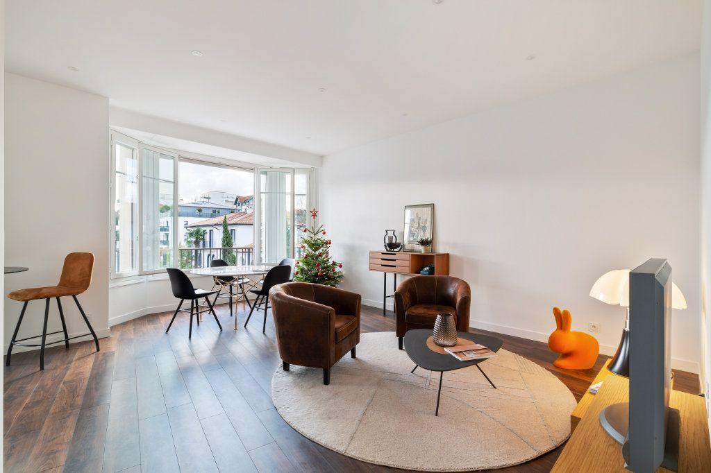 Appartement à vendre 4 100m2 à Bayonne vignette-3