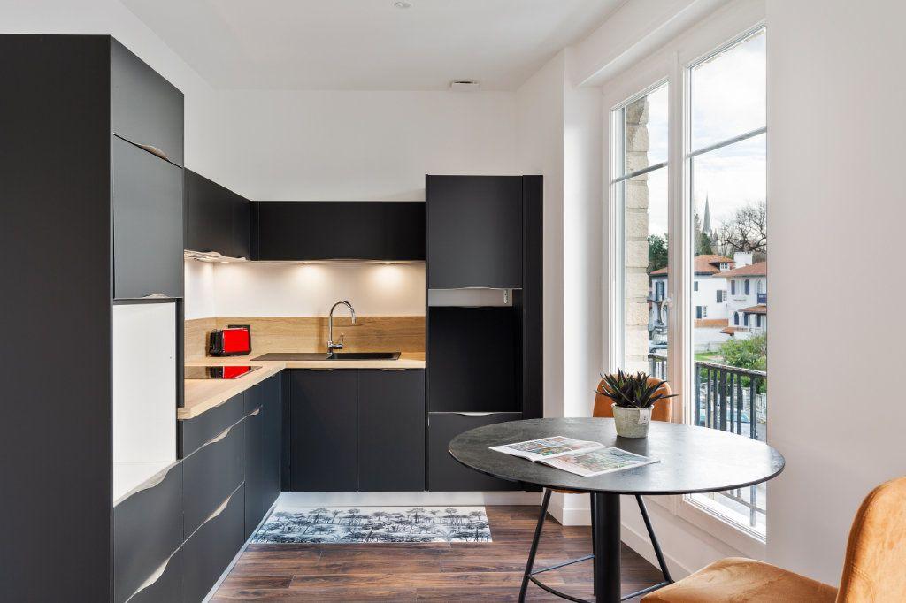 Appartement à vendre 4 100m2 à Bayonne vignette-4