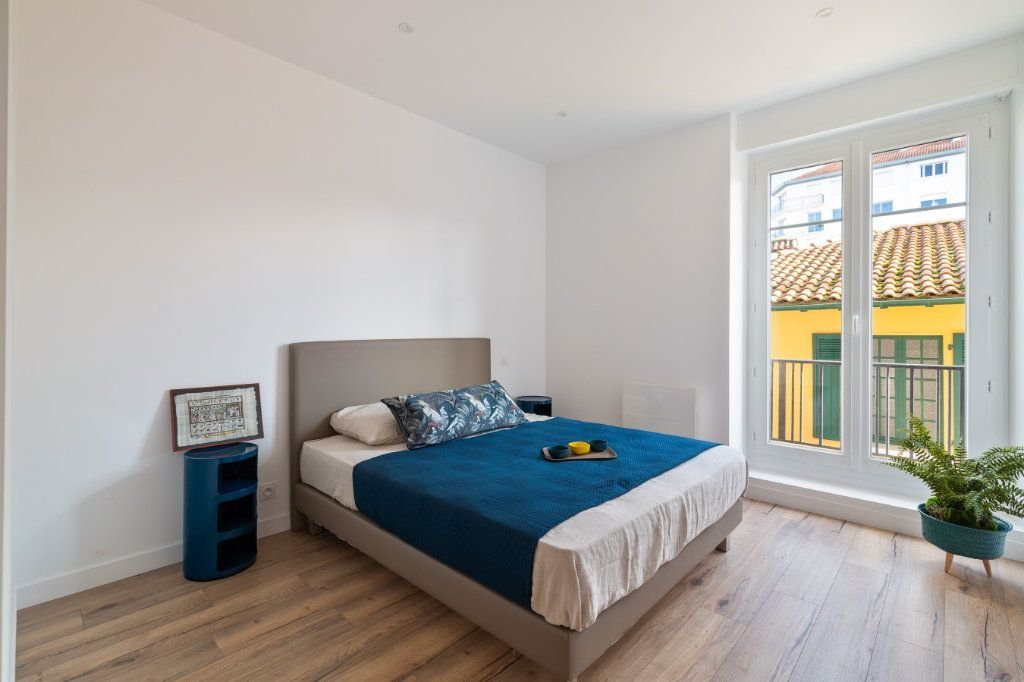 Appartement à vendre 4 100m2 à Bayonne vignette-5