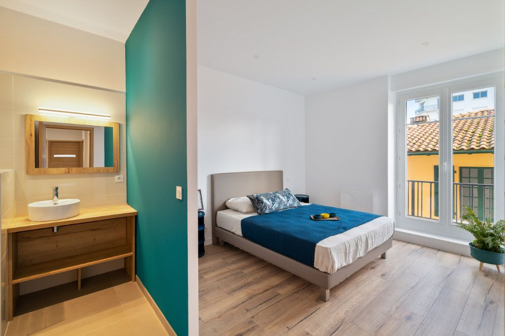 Appartement à vendre 4 100m2 à Bayonne vignette-9