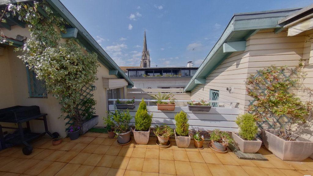 Appartement à vendre 8 250m2 à Bayonne vignette-1