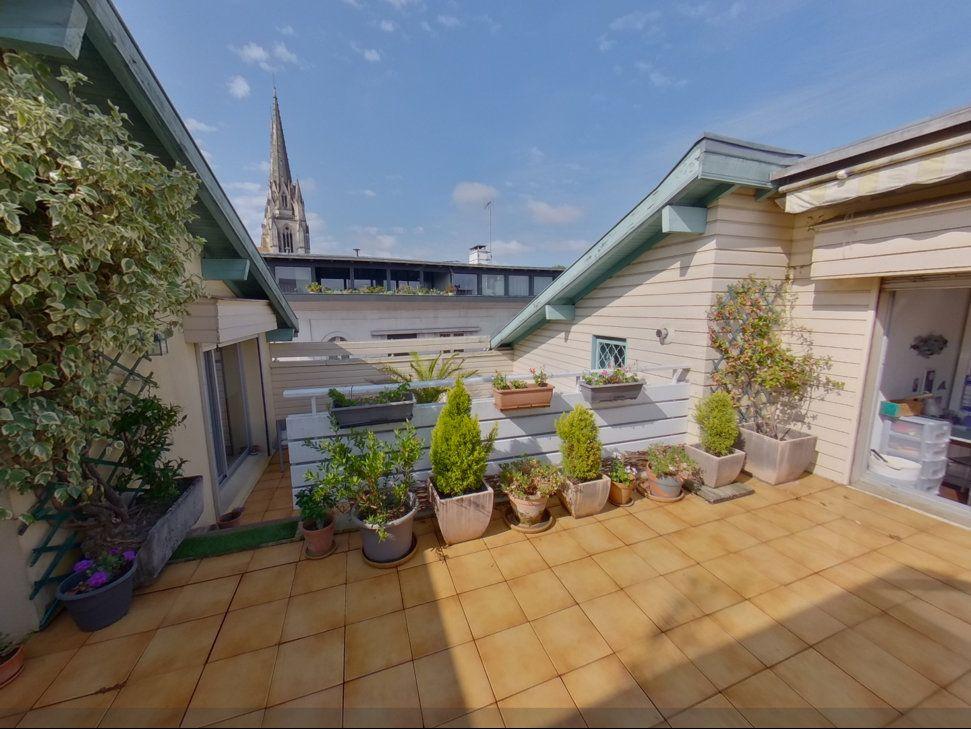 Appartement à vendre 8 250m2 à Bayonne vignette-4